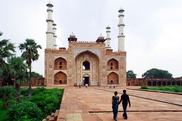 Sikandara-Tomb Of Akbar