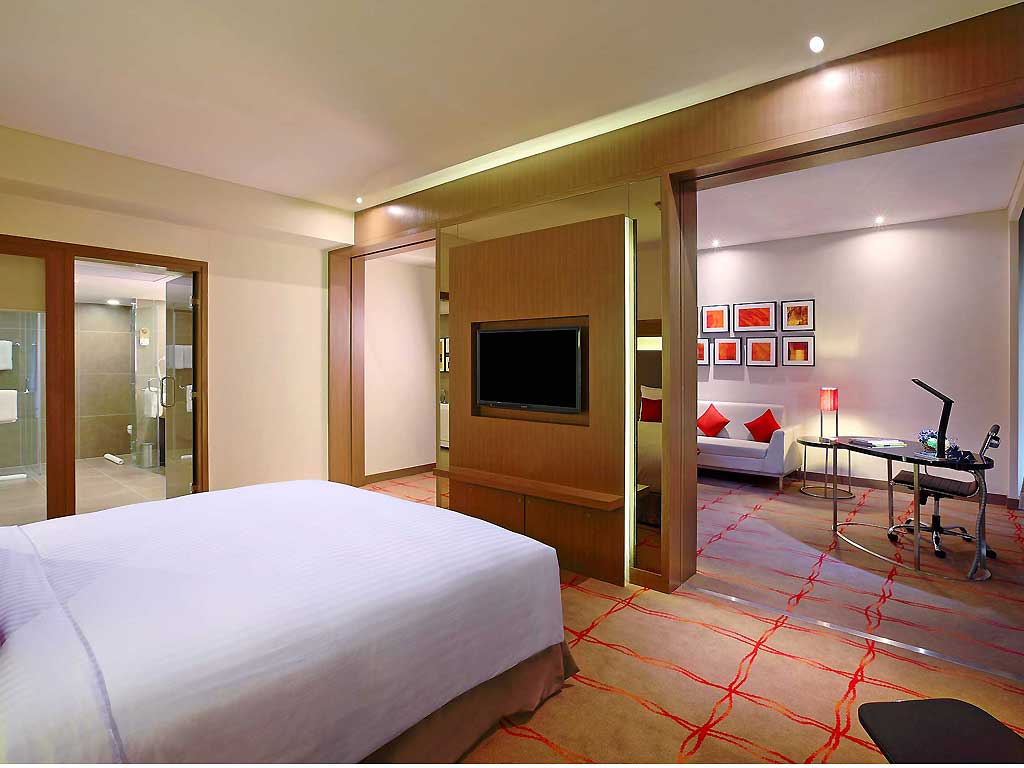 HOTEL NOVOTEL AHMEDABAD
