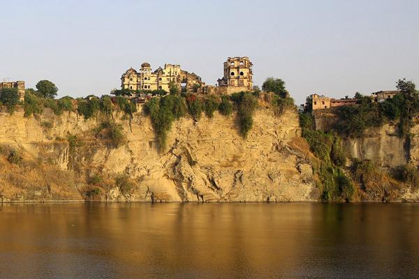 Bhainsror Garh Fort