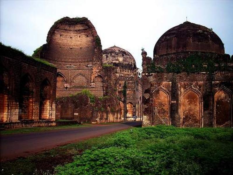 Bahmani Tombs