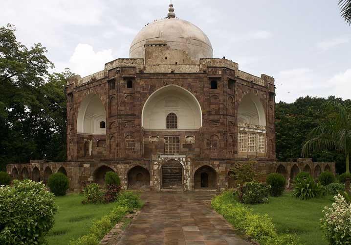 The Maqbara of Qutubuddin
