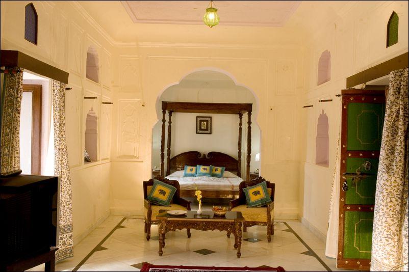 MAHALKHAS PALACE