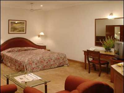 HOTEL CAMAC PLAZA