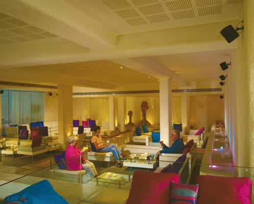 THE AVENUE REGENT HOTEL