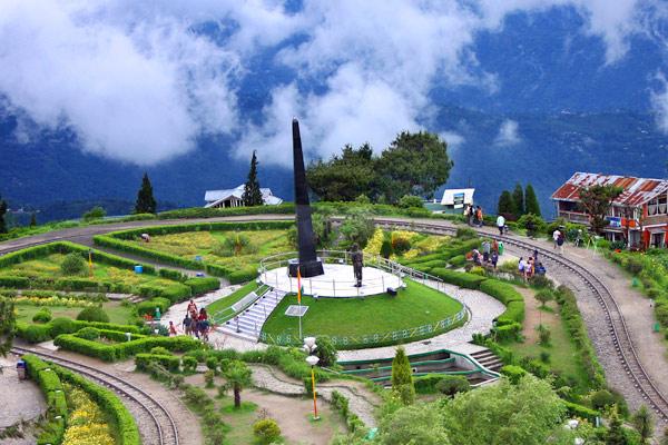 Batasia Loop Darjeeling
