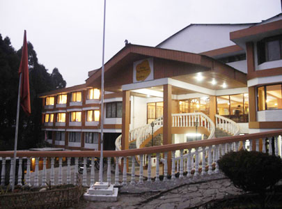 SILVER OAKS - Sterling Days Inn Darjeeling