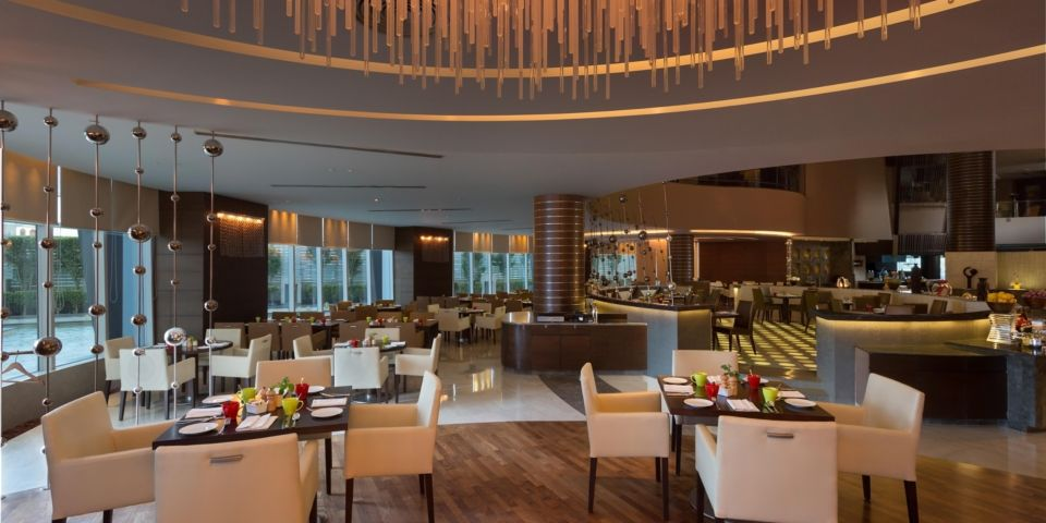 CROWNE PLAZA HOTELS & RESORTS GREATER NOIDA