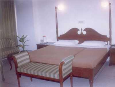 ALPANA HOTEL