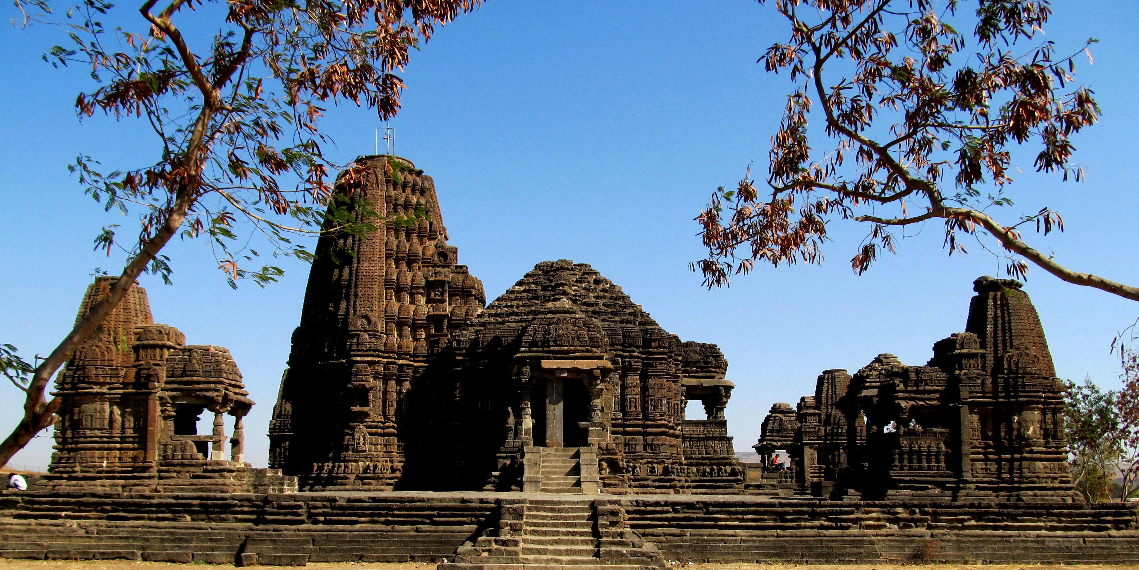 Gondeshwar Temple