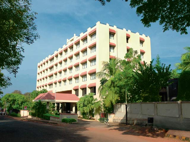THE GATEWAY HOTEL MANJARUN
