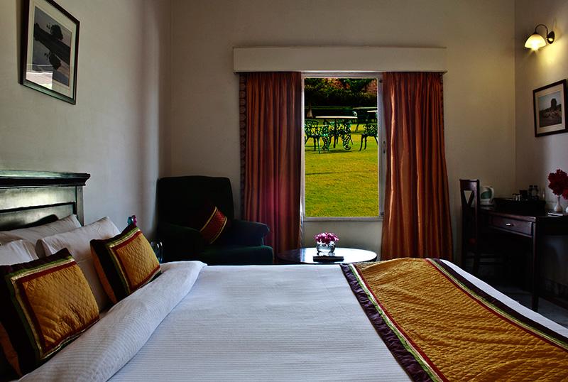 BIJOLAI TREEHOUSE PALACE HOTEL