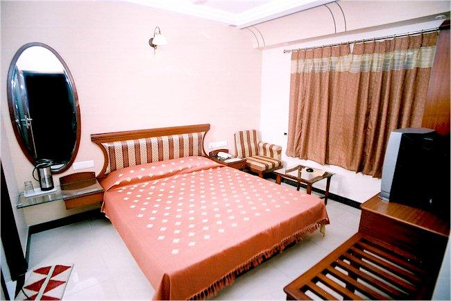 RATNAWALI HOTEL