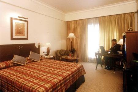 RADISSON WINDSOR HOTEL