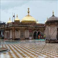 The Jwalamukhi Temple