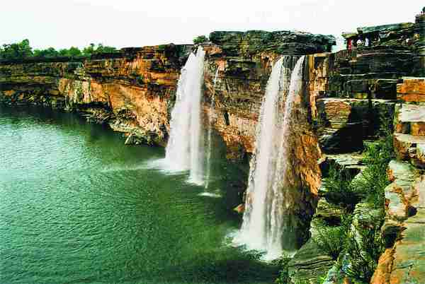 Tiratgarh Waterfalls2