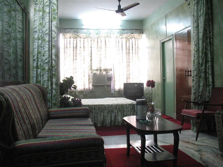 GAURAV HOTEL
