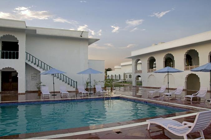 HOTEL UDAI VILAS PALACE