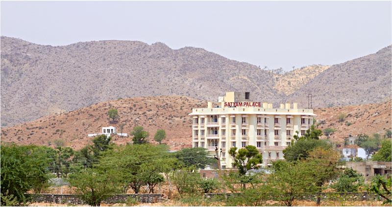 SATYAM PALACE & CAMP