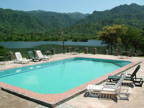 SHIVIKA LAKE HOTEL