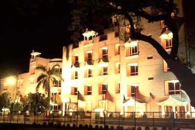 INDIA HOTEL