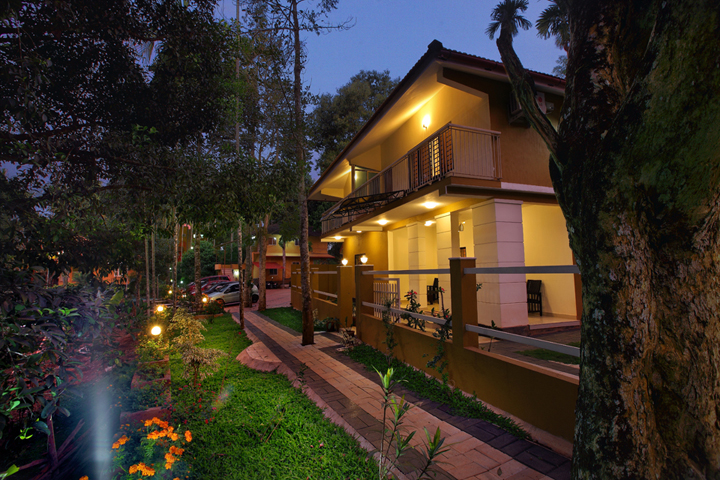 KARAPUZHA VILLAGE RESORT