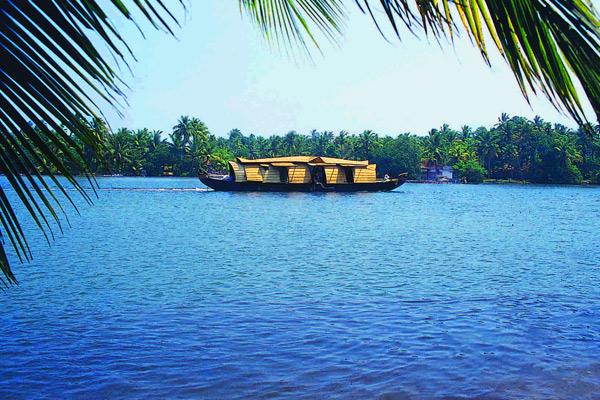 image of Vembanad Lake