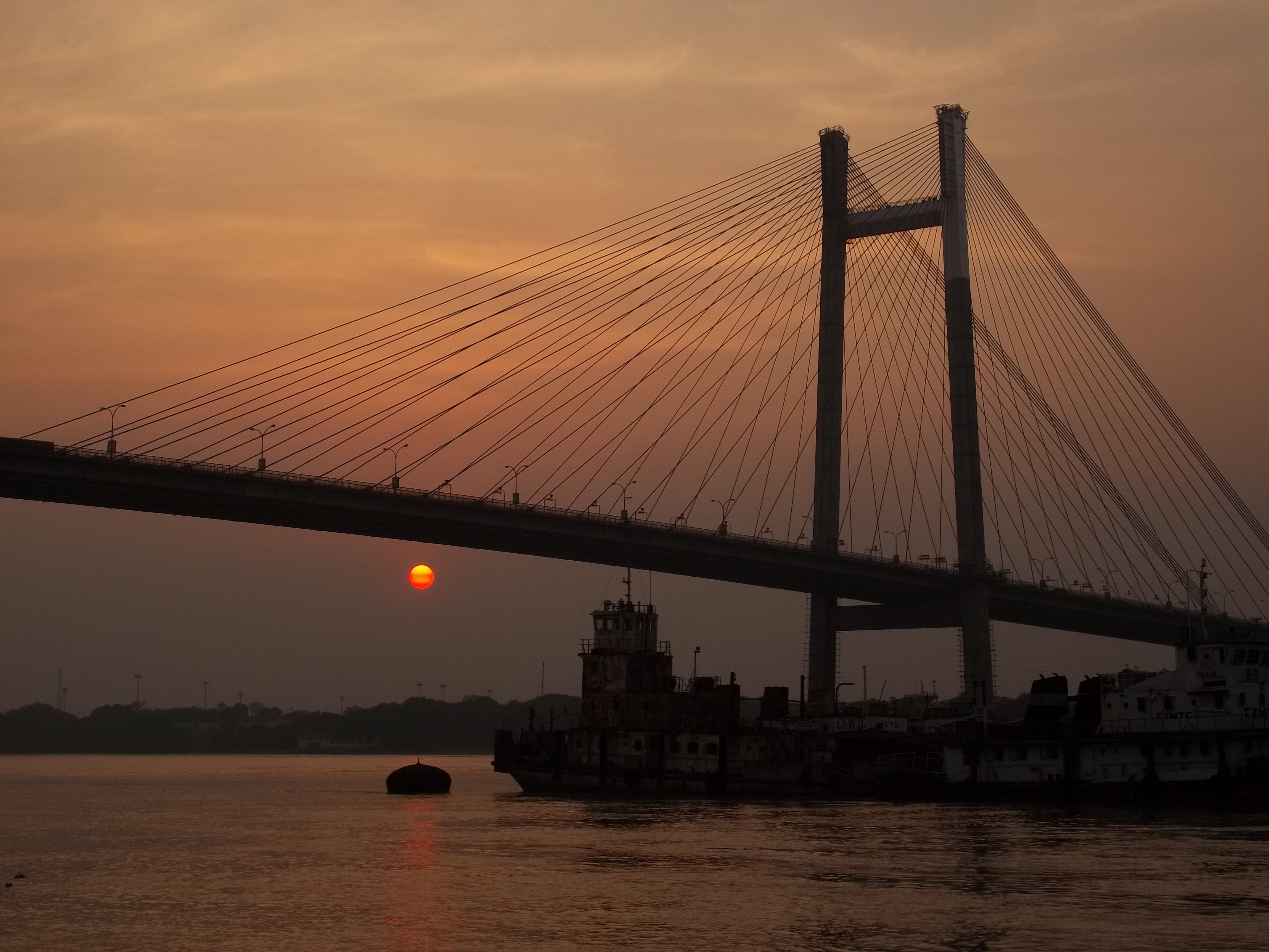Travel Information History Story And Images Of Howrah Bridge
